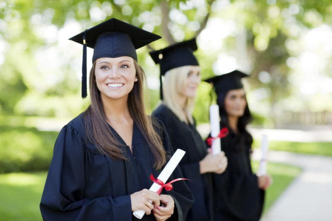"""Trả lời câu hỏi của hàng nghìn sinh viên: """"Làm sao để không thất nghiệp sau khi ra trường?"""""""