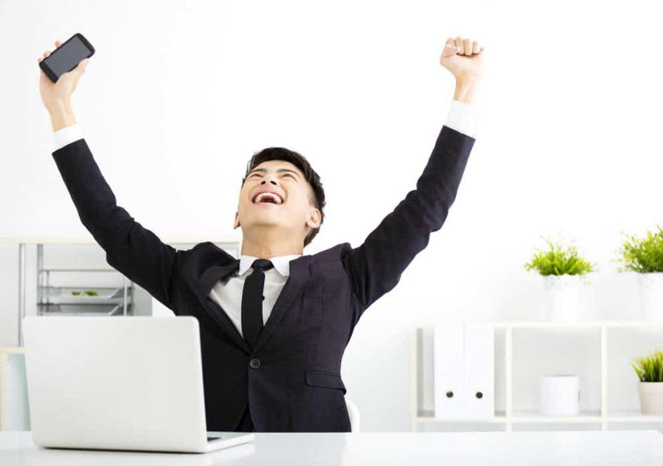 8 Tiếng uể oải ở văn phòng? Đây là cách bạn tạo năng lượng cho mình