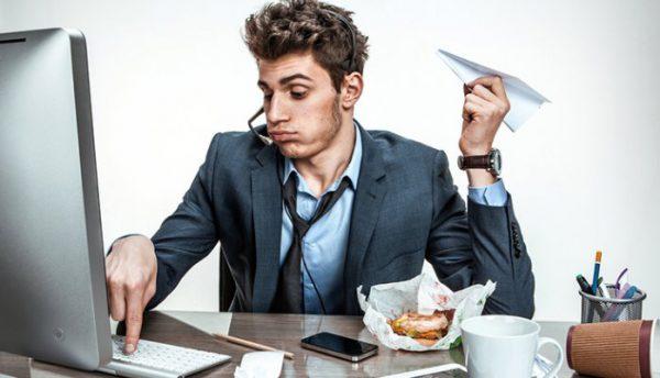 """Ở nơi làm việc, đừng trở thành 4 kiểu nhân viên """"hại thân"""", vừa không có tiền đồ vừa không được trọng dụng"""