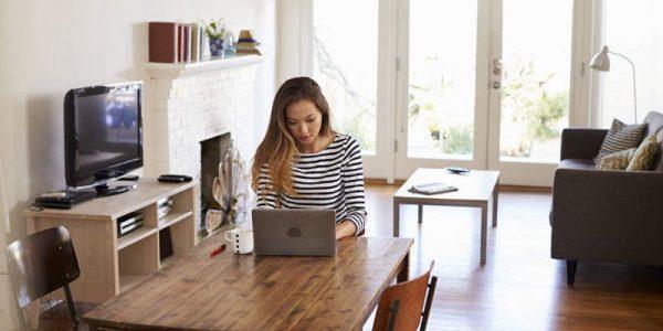 Hàng loạt doanh nghiệp kích hoạt chế độ làm việc tại nhà